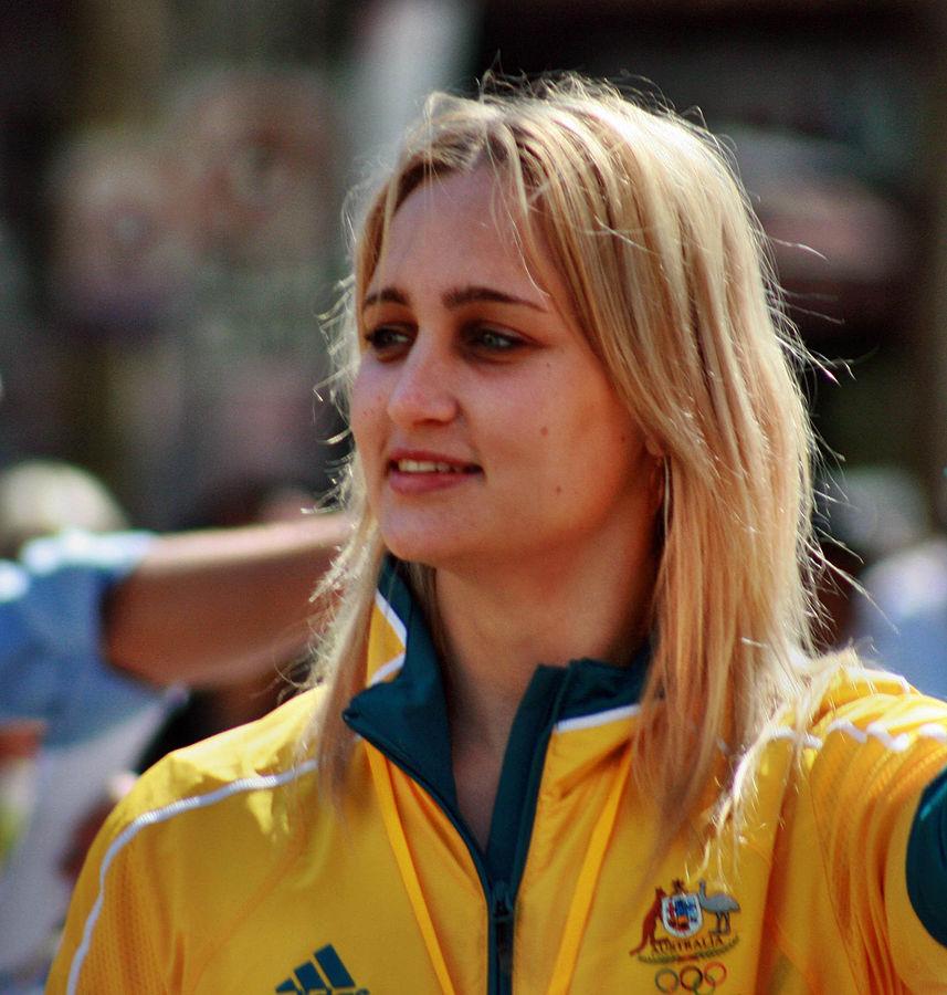 Carmen wiki extended credit 857px-2008_Australian_Olympic_team_092_-_Sarah_Ewart