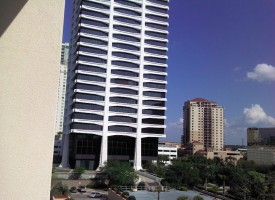 Jacksonville,_FL,_Riverplace_Tower_from_Crown_Plaza_Hotel,_Apr_2012
