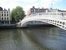 Dublin,_Ireland,_Ha'penny_Bridge
