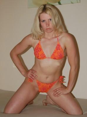 Lina wrestling monica lina_2