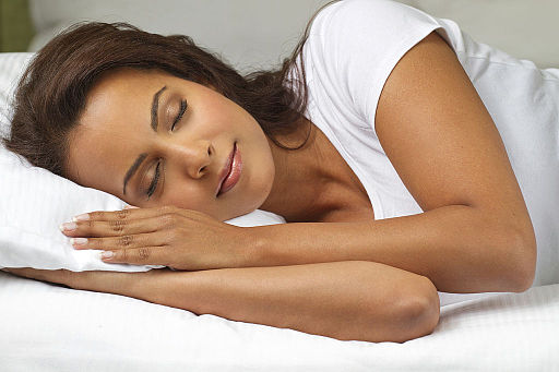 sleeping feature image british woman Sleep_woman