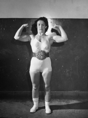 mildred-www-allposters-com-wrestler-mildred-burke-showing-her-arm-and-neck-muscles