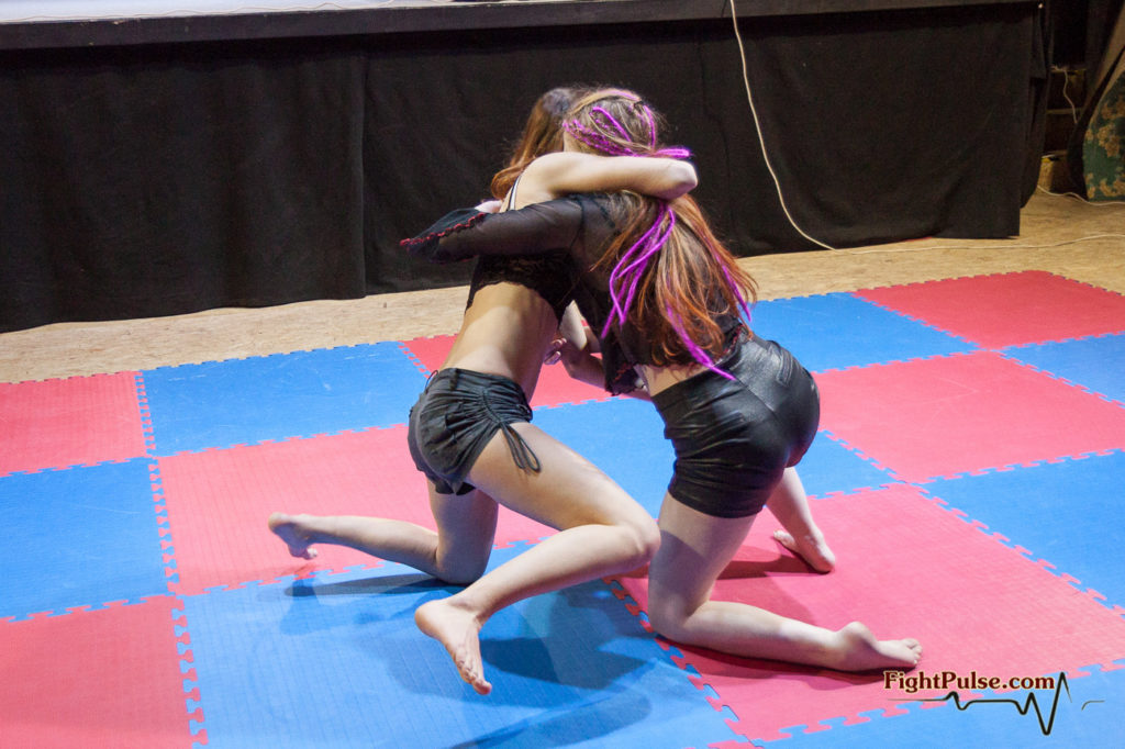 fciwomenswrestling.com article, fightpulse.com photo