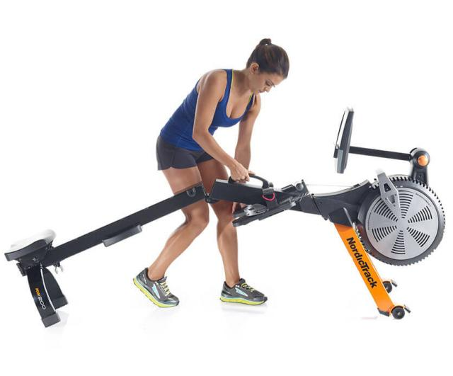 Rowing Fem Muscle Fitness